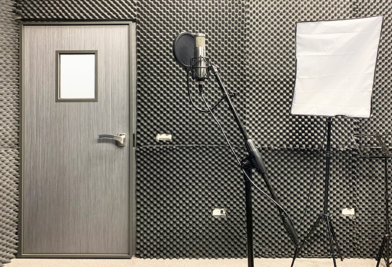 【180 Professional Soundproof Door】CLBT Music Recording Studio- Hsinchu